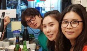 Миниатюра к статье Чон Иль У на встрече с одноклассниками начальной школы
